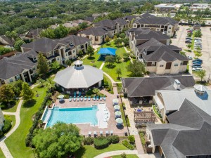 Apartments in Katy, TX - Aerial View of Community & Surrounding Areas (2)